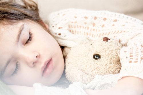 dormir solos cama