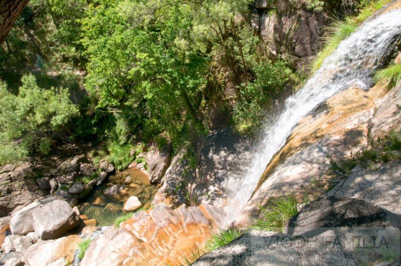 cascada tahiti