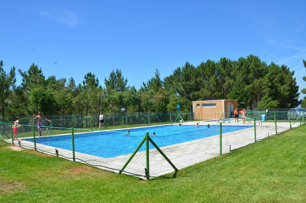 Piscina san fins piscinas gratuitas en valen a vigo en for Hoteles en vigo con piscina