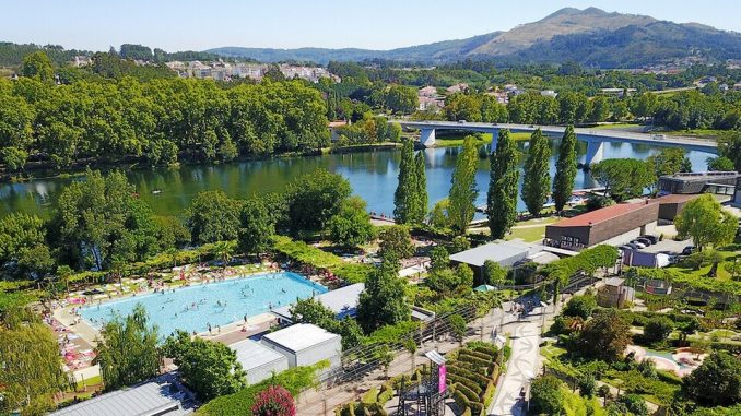 las piscinas del festival internacional de jaridnes de ponte de lima