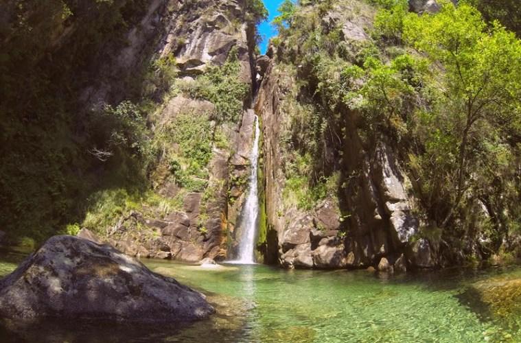 Cascada de Pincães